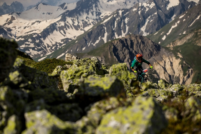 Dramatic mountain views wherever you look with lichen rocks to match my gloves.