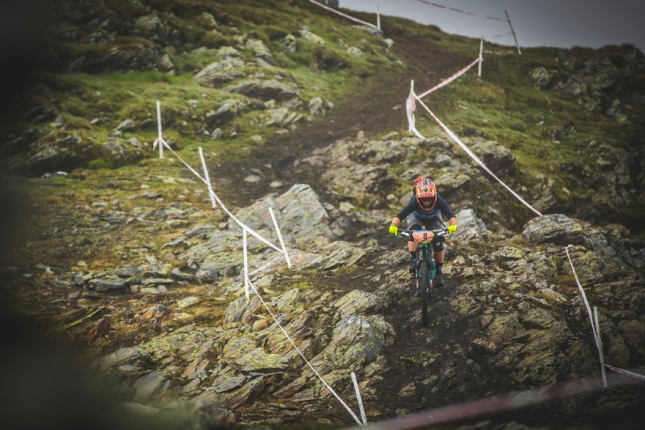 These tracks had it all - loamy hero dirt, slippery, wet rocks, grass, roots, steeps, ups - perfect all rounder.
